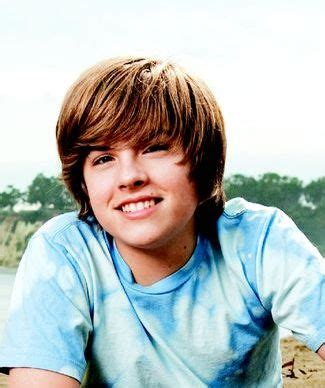 Poze Dylan Sprouse - Actor - Poza 20 din 32 - CineMagia